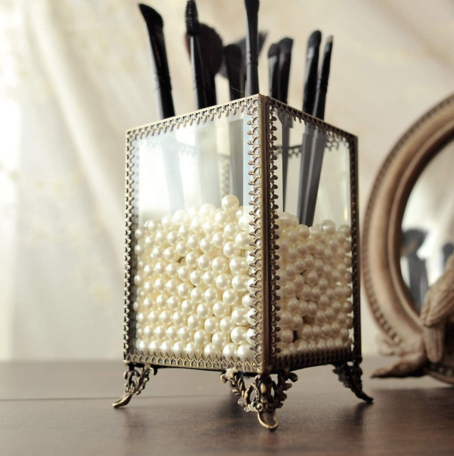 A Makeup Brush Organizer